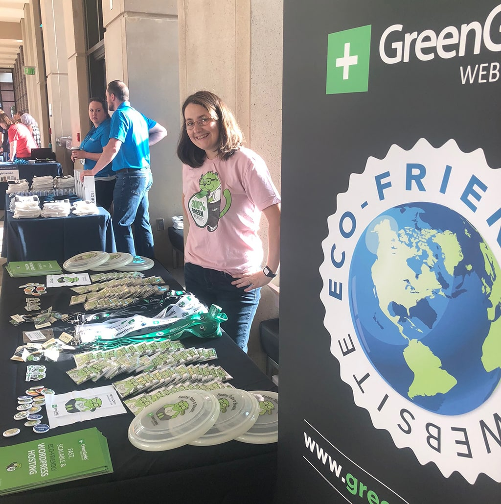 GreenGeeks Booth
